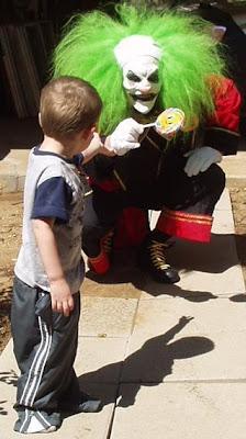 scary_clown_32.jpg